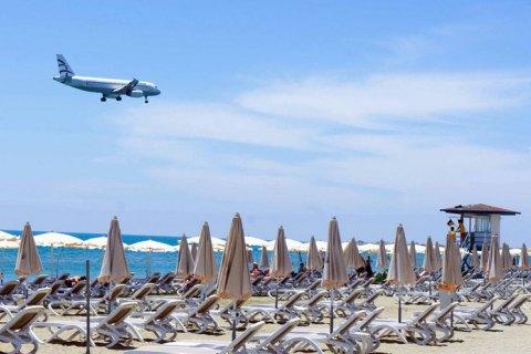 Кіпр з 1 березня відкриє кордони для туристів з 56 країн