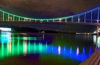 Київська влада витратить бюджетні мільйони на декоративне освітлення мостів