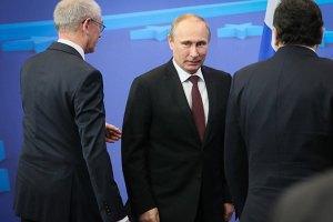 Путін готовий сприяти мирному врегулюванню кризи в Україні