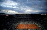 На Roland Garros по ходу матча Джокович - Берреттини зрители покинули трибуны из-за комендантского часа