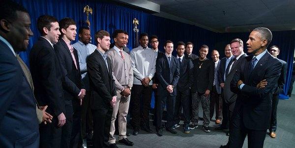 Михайлюк (третій праворуч) на зустрічі з Обамою