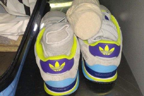 Українець намагався в шкарпетках вивезти до Італії 182 тис. євро