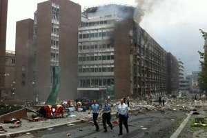 Премьер Норвегии во время взрыва не пострадал: сейчас он скрывается