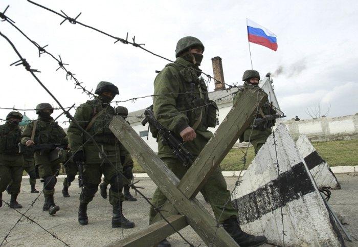 Военнослужащие РФ штурмом захватили отдел украинской пограничной службы *Щелкино*