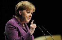 Оппозиционеры поговорили с Меркель о Тимошенко и нарушениях на выборах