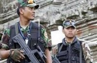 Тайські бойовики погрожують розправою тим, хто працює в п'ятницю