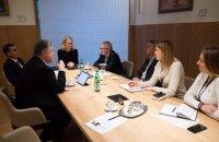 Порошенко: Украина должна придерживаться евроинтеграционного вектора