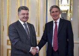 Україні необхідні миротворці для деескалації конфлікту, - Порошенко