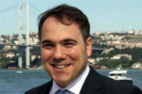 Туреччина заарештувала двох колишніх послів і екс-помічника Давутоглу