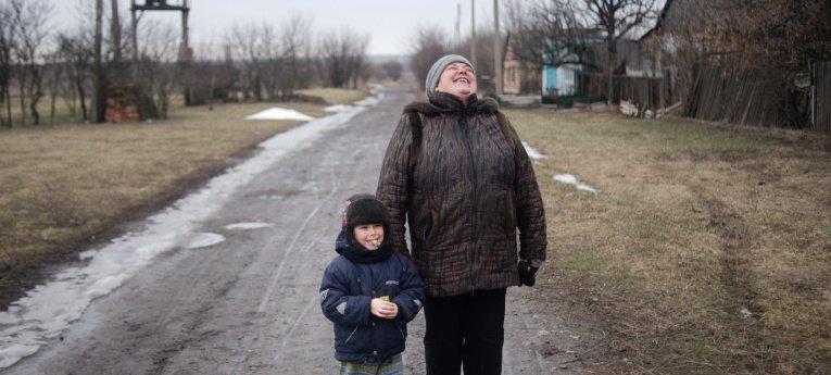 """Травневе-Гладосово: між  """"ДНР"""" і Україною"""