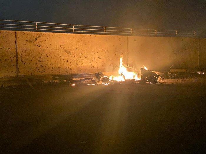 Аэропорт Багдада. Уничтоженный транспорт Сулеймани