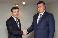 Янукович отмечает важность возобновления работы украинско-грузинской комиссии