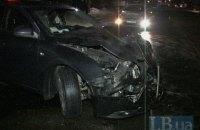 """В Киеве пьяный водитель, двигаясь по """"встречке"""", устроил ДТП с тремя пострадавшими"""