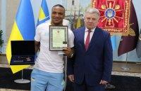 """Беленюк отримав нове військове звання та нагородний пістолет за """"золото"""" на Олімпіаді"""