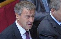 БЮТБ требует отчета Азарова в Раде