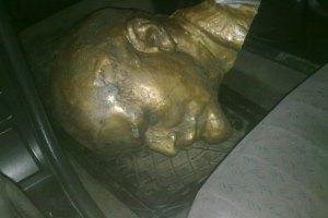 У Херсонській області зруйнували два пам'ятники Леніну