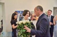 Нардеп Чорновол открыла выставку своих картин