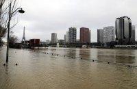 Из-за разлива Сены в Париже эвакуировали уже 1500 человек