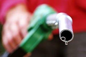 Виробництво бензину в Україні спадає