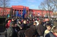 Колонна с Михайловской площади отправляется в парк Шевченко