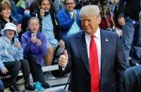 Трамп показывает пример