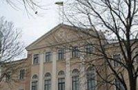 Тернопольский облсовет требует уволить мэра и депутатов за мусор