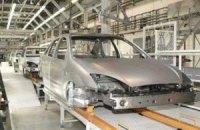 Виробництво автомобілів в Україні впало майже на 20%