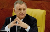 Исколком ФФУ принял отставку Стороженко
