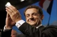 Саркози критикует главного конкурента за отношение к сепаратистам