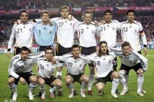 Игроки сборной Германии возмущены отношением к собакам в Украине