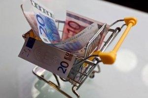 Евро упал до минимума двух месяцев на азиатских торгах