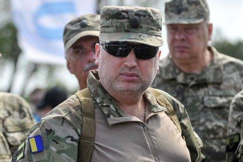 Турчинов отрицает незаконные поставки оружия в Азию и Африку