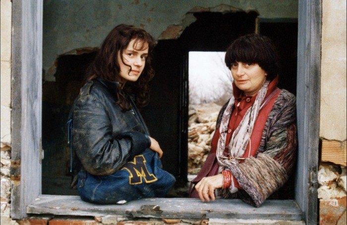 Сандрин Боннер и Аньес Варда на съемках «Без крыши, вне закона»
