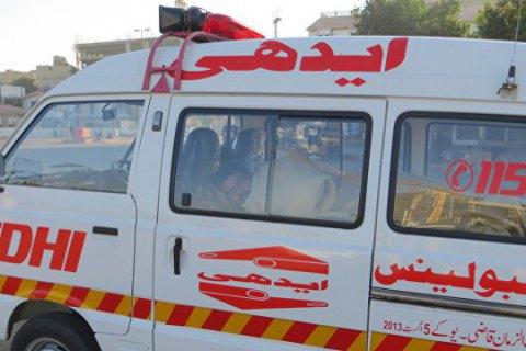 4 человек погибло в результате ДТП в Пакистане, 25 человек пострадали