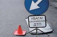 В Харькове пьяный водитель врезался в снегоуборочную машину