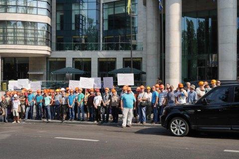 Суд частково заборонив експлуатацію готелю Hilton у Києві