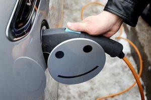 """Британці створюють """"розумний"""" електромобіль"""