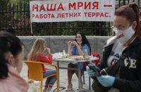 У 35 работников киевских ресторанов и магазинов диагностировали COVID-19