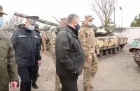 Аваков перевірив сили МВС у зоні Операції Об'єднаних сил у Маріуполі