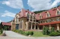 На ремонт прикарпатской резиденции Януковича выделят 21 млн гривен