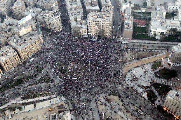 массовые демонстрации в Египте