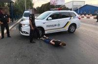 У Києві 18-річний хлопець поранив таксиста ножем і пограбував його