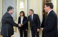 Порошенко поблагодарил делегацию Европарламента за принятие безвиза для Украины