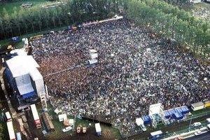 На рок-фестивале в Бельгии из-за урагана погибли 5 человек