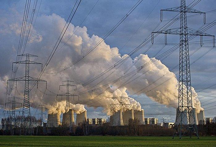 Електростанція в Йеншвальде, Німеччина