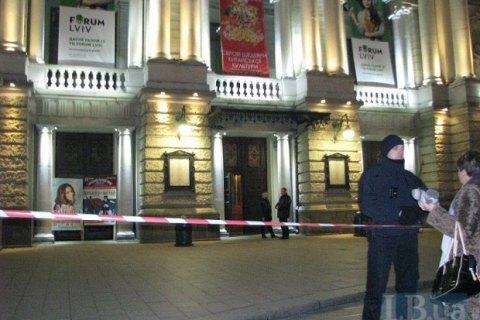 У Львові анонім повідомив про замінування 10 об'єктів