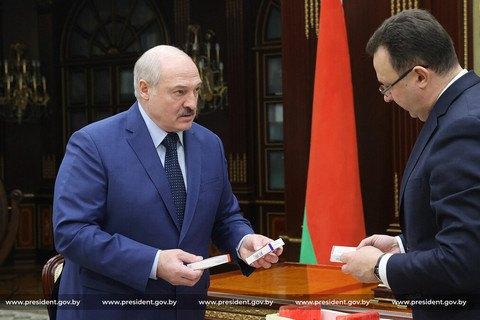 Беларусь планирует до конца года разработать собственную вакцину от коронавируса