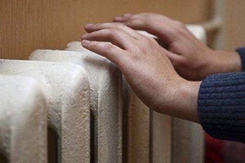 В две трети украинских домов подали тепло