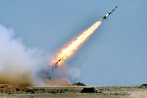 Пять снарядов из Сирии разорвались на территории Ливана