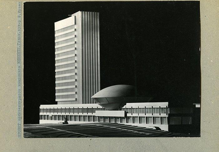 Будівля УкрІНТЕІ. Проект Флоріана Юр'єва